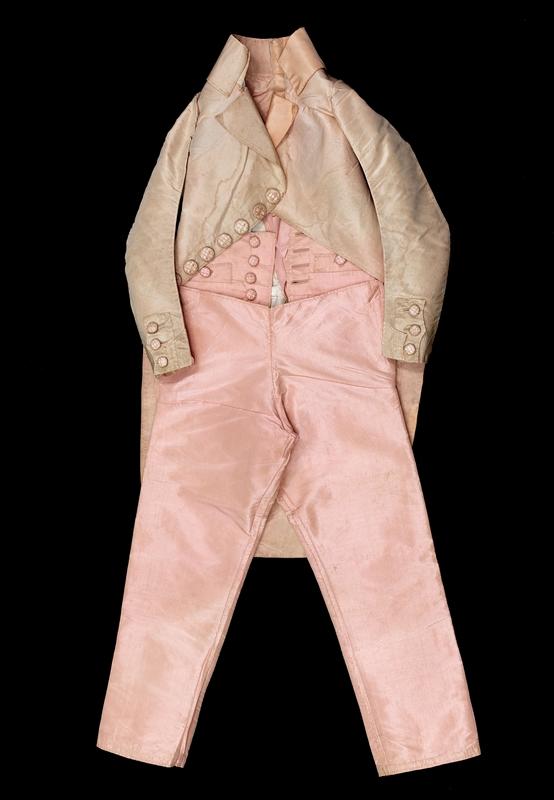 La mode et les vêtements au XVIIIe siècle  - Page 2 76365-10