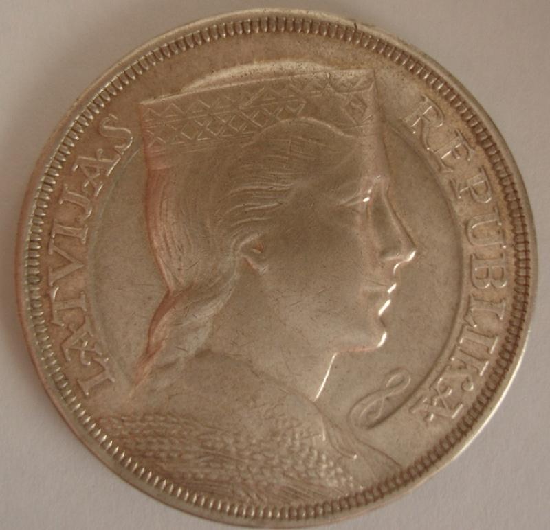 5 Lati. Letonia. 1931. Riga  110