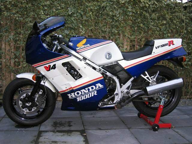 RVF 1000 R Honda_10