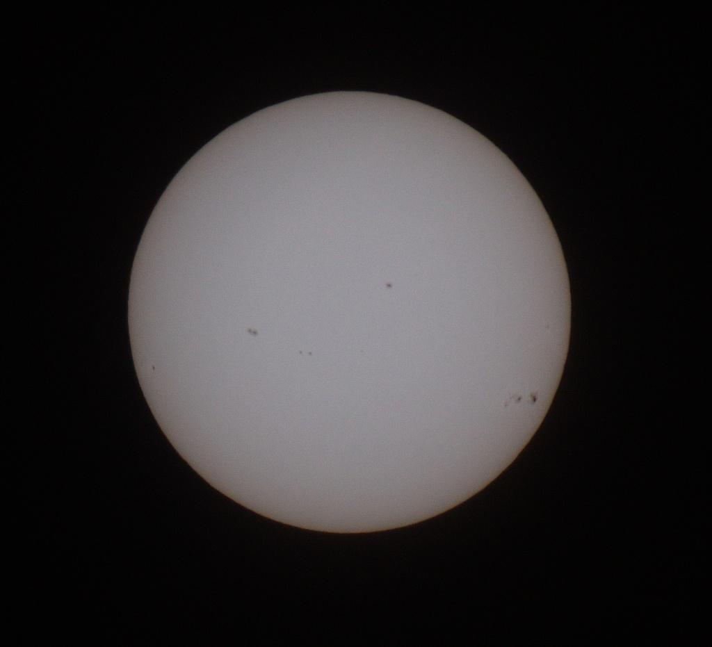 Jolies tâches solaire 7-1-2014 Soleil10