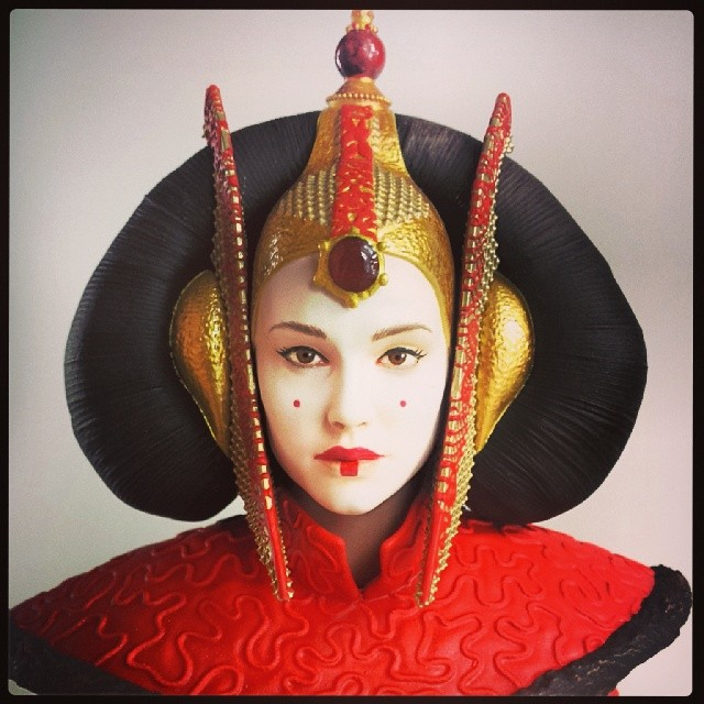 Gentle Giant - Queen Amidala Red Senate Gown PGM 2014 Gift Amid_011