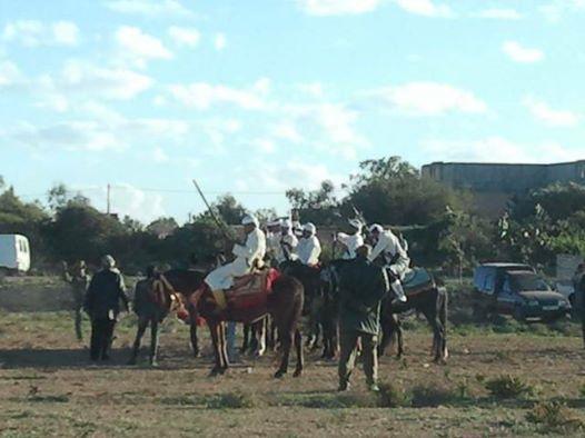 Ouled Mimoune renoue  avec Le cheval et les arts équestres  (Tbourida) Tbouri14