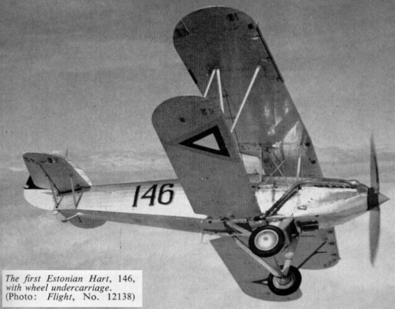 Montage: Hawker Hart estonien 1/72 Hart_e11