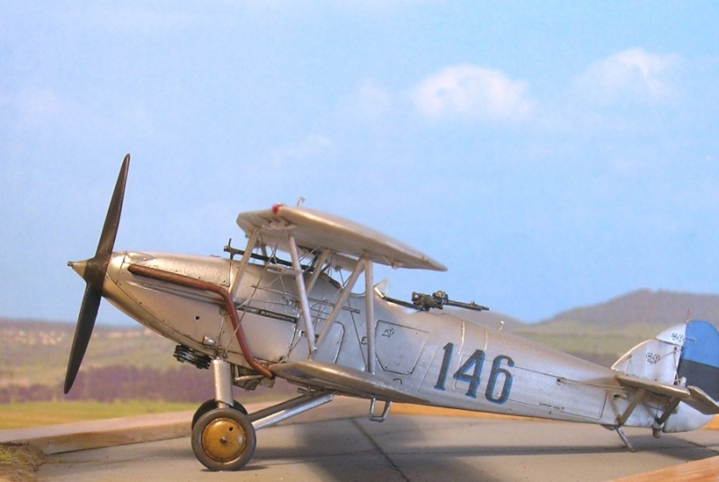Hawker Hart estonien / A-Model 1/72 Hart_e16