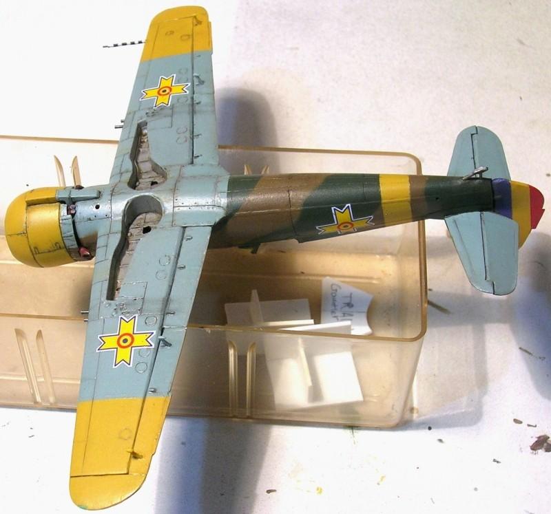 Montage: IAR 80 / A-Model 1/72 Montag56