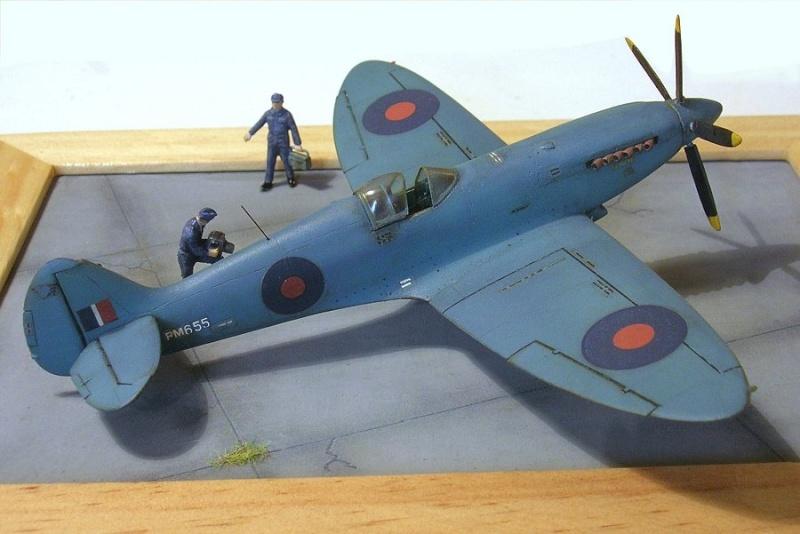 Supermarine Spitfire PR MkXIX 1/72 Spitfi15