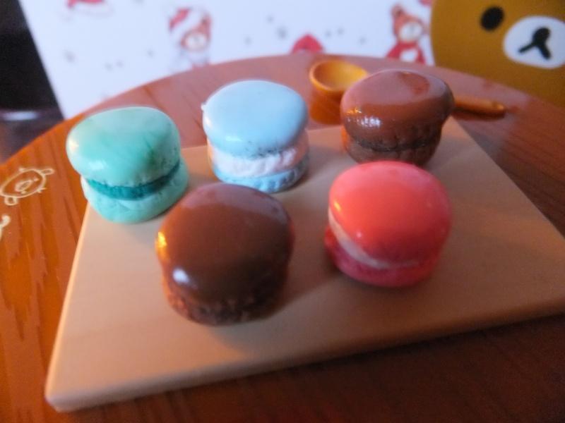 Mon micro monde d'accessoires pour dollhouse Nourri27