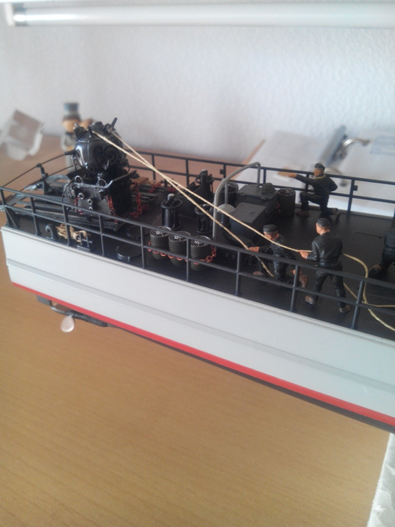 schnellboot S-100.maquette plastique REVELL au 1/72+ equipage. - Page 4 Img_2014