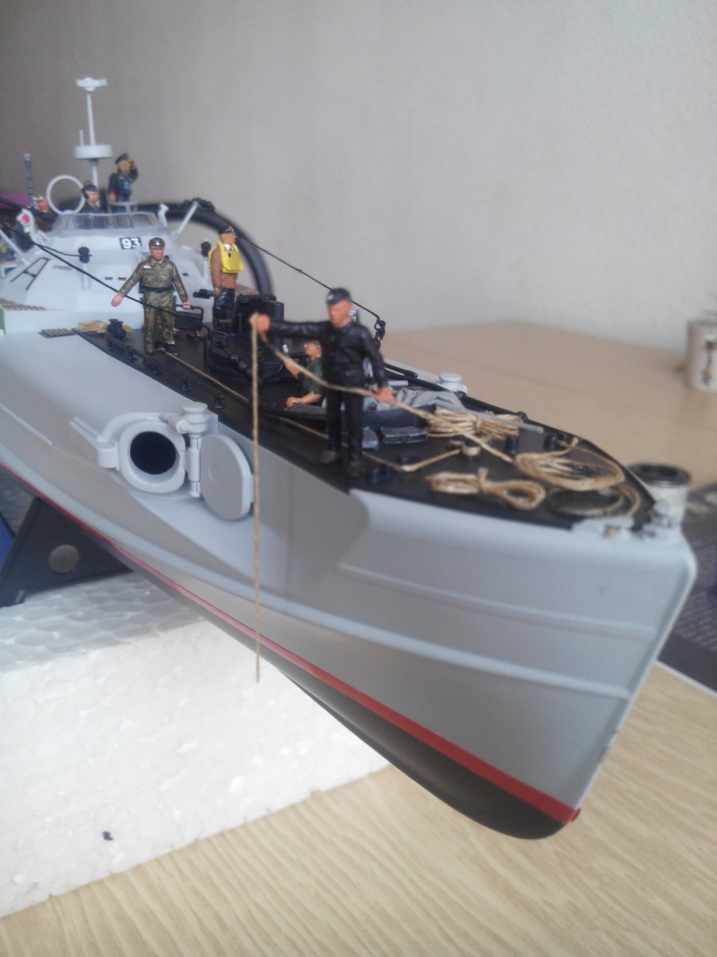 schnellboot S-100.maquette plastique REVELL au 1/72+ equipage. - Page 4 Img_2015