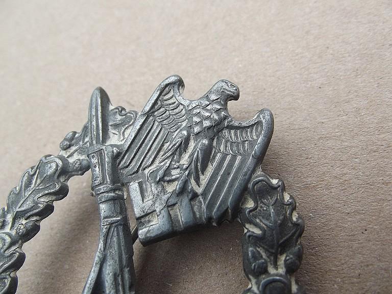 badge assault infanterie argent Dscf0315