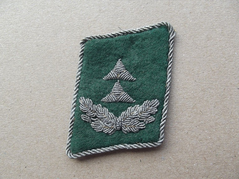 patte de col Oberlieutnant luftwaffe service administratif Dscf9834