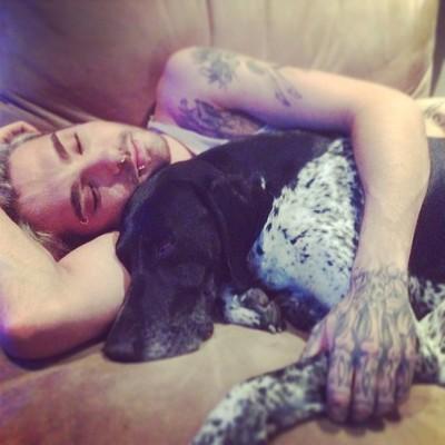 [Blog Officiel ] Tokio Hotel Blog 2014 - 2016 - Page 2 Naptim10