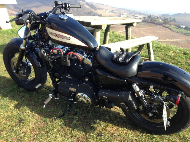 Harley Davidson Sporster 1200 Forty Eight avec quelques modifs ... - Page 4 Img_2422