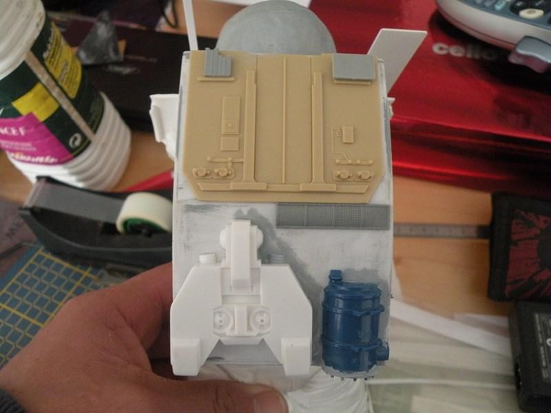 """astronaute APOLLO (revell 1:8)......modifié un petit peu....en version """"space marines"""" ! Dscn9928"""