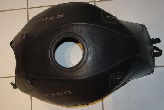 [VENDU] Tapis de reservoir Bagster pour Z750 2004/2006 1212-t10