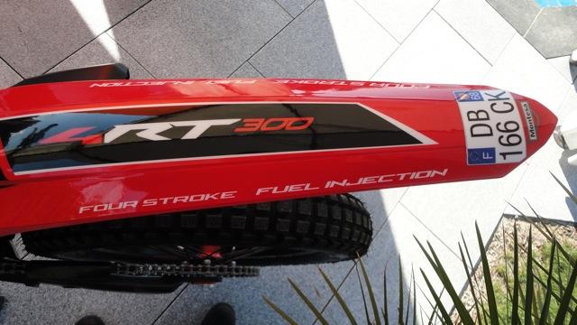 New 4RT 300 2014..version Doud Dsc08418