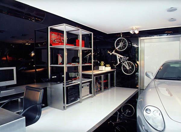 Garage Striki15
