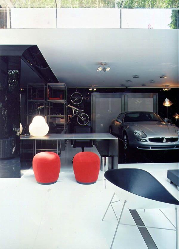 Garage Striki16