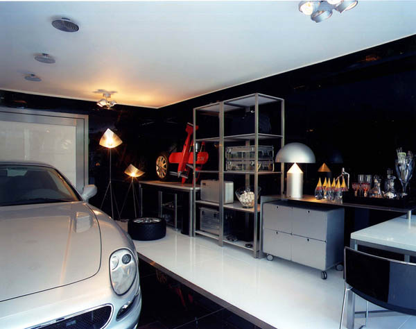 Garage Striki18