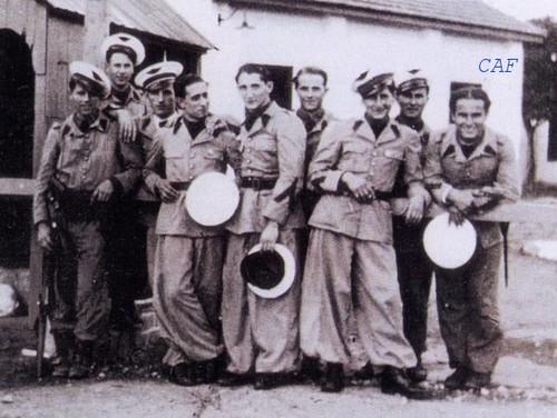 601ème et 602ème Groupes d'Infanterie de l'Air donne naissance au 1er RCP 602_gi10