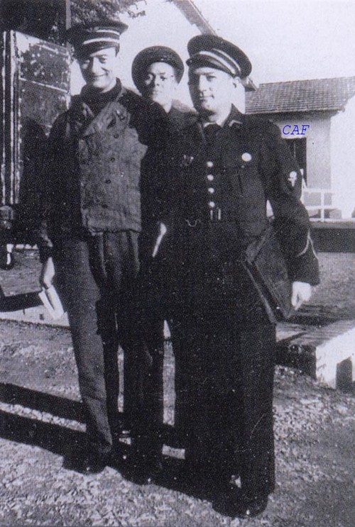 601ème et 602ème Groupes d'Infanterie de l'Air donne naissance au 1er RCP 602_gi11