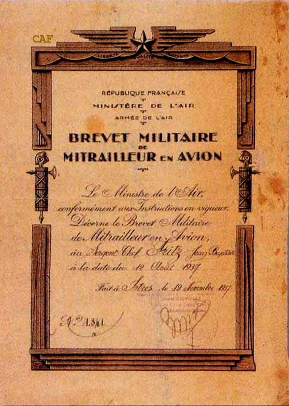 601ème et 602ème Groupes d'Infanterie de l'Air donne naissance au 1er RCP Brevet11