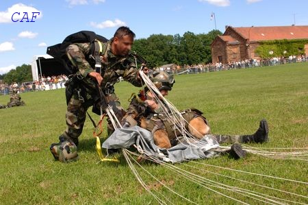 Les Maîtres Chiens de l'Armée de l'Air Pupuce12