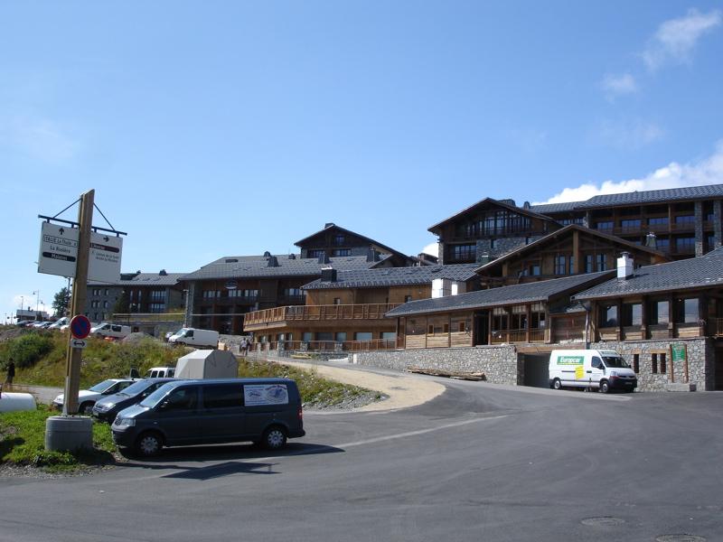 [LaRosière]Vaste programme de construction dans la station Dsc03452