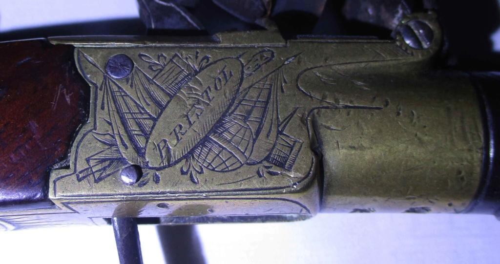 petit pistolet à silex Img_5134