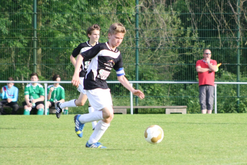 7.Spieltag: BaWa - JSG Langenfeld 5:1 (2:0) Img_0254