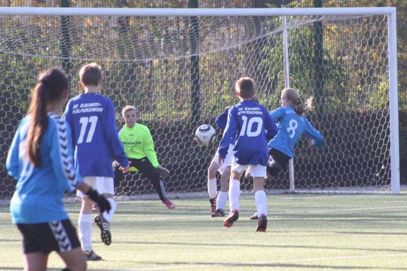 8.Spieltag: SC 07 Bad Neuenahr - BaWa 1:4 (0:2) Img_8117