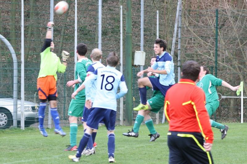 18.Spieltag: BaWa - TuS Oberwinter II 2:1 (0:0) Img_8811