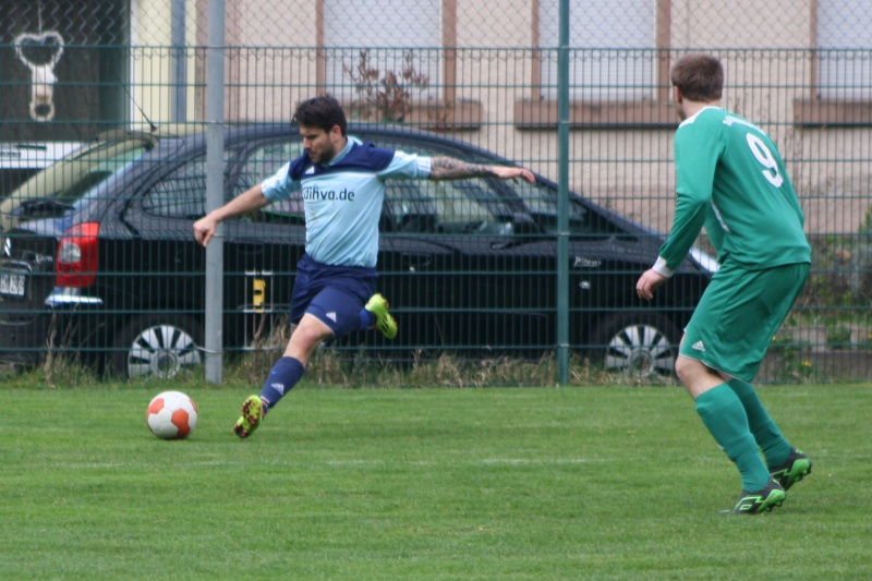 18.Spieltag: BaWa - TuS Oberwinter II 2:1 (0:0) Img_8821