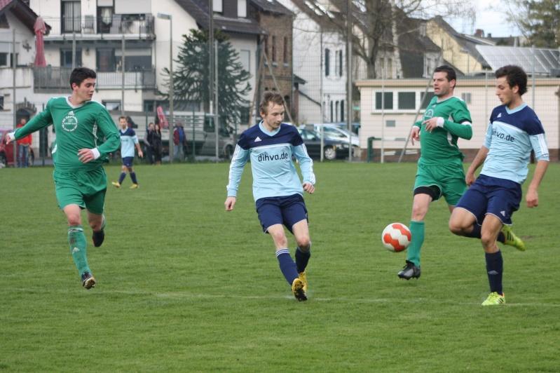 18.Spieltag: BaWa - TuS Oberwinter II 2:1 (0:0) Img_8825