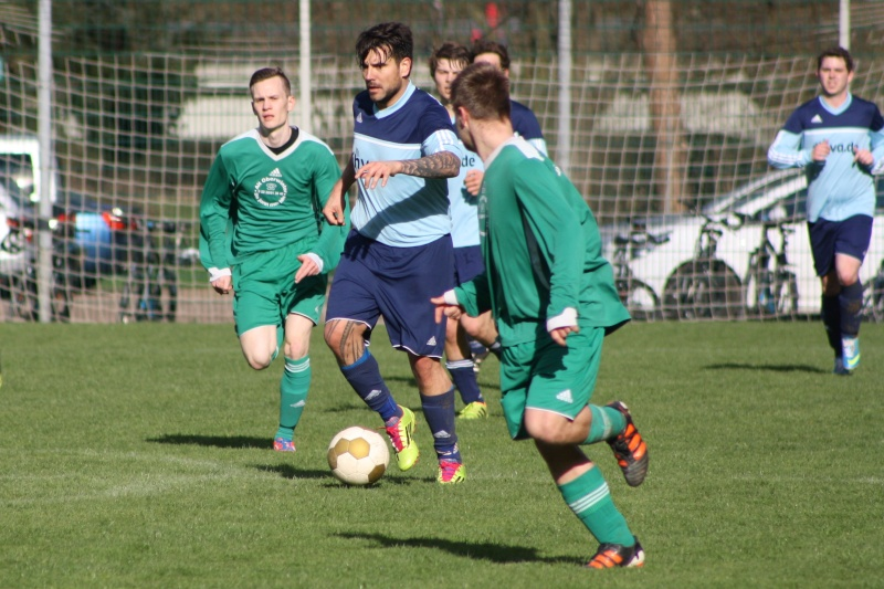18.Spieltag: BaWa - TuS Oberwinter II 2:1 (0:0) Img_8843