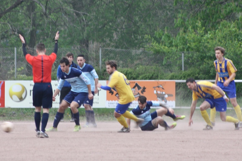 21.Spieltag: SV Dernau - BaWa 2:0 (0:0) Img_9440
