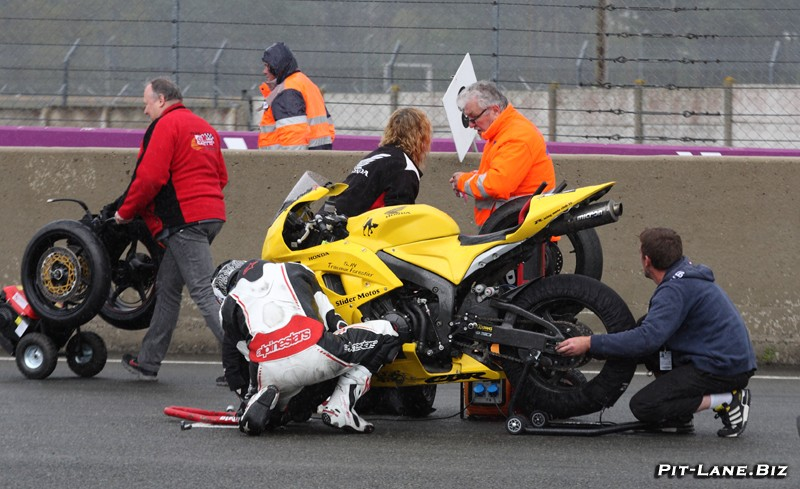 [FSBK] le Mans 5-6 Avril 2014  - Page 5 Img_7110