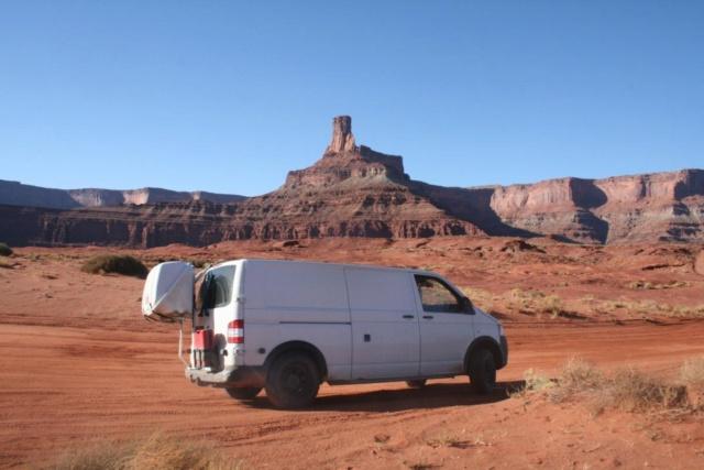 Van aménagé VW T5 L2H1 4MOTION 4x4 de 2011 Van310