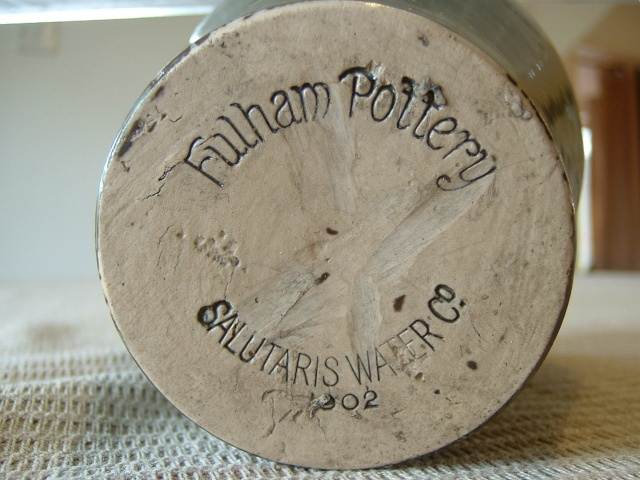 Screw top bottle, Fulham Pottery Troika16