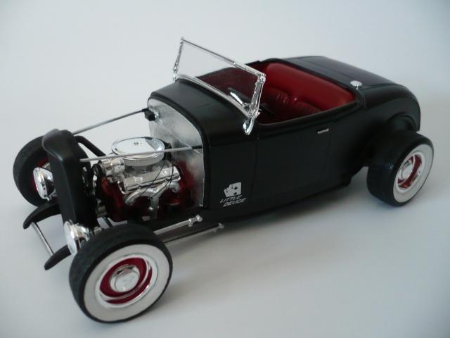 ALF Garage Ford3210