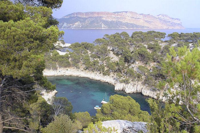 Cassis sur Mer et La Ciotat Bouches du Rhône 800px-12