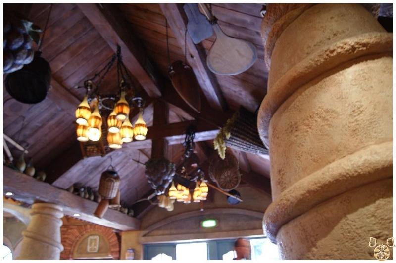 Bella Notte (Disneyland Parc)  Dsc06512