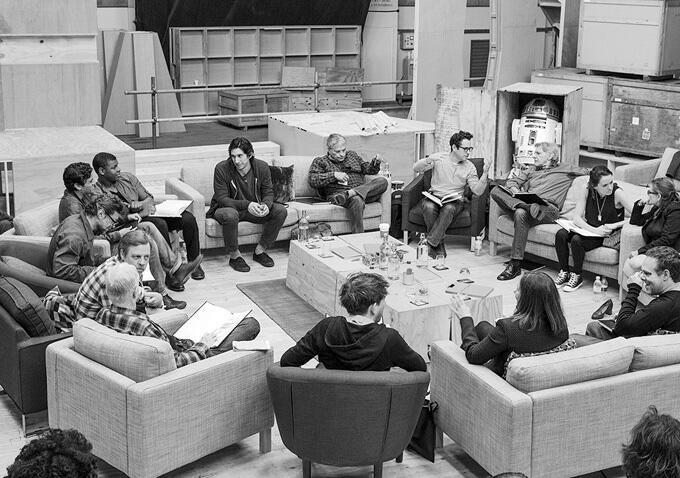 Star Wars, épisode 7 - 16 décembre 2015 (LucasFilm) - Page 4 Star-w19