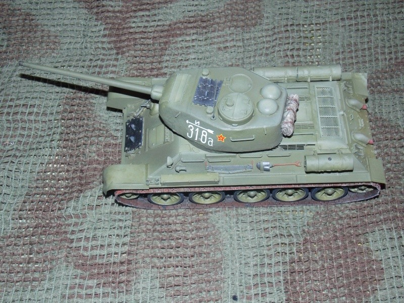 T34/85  bedsping armor  T34-8103