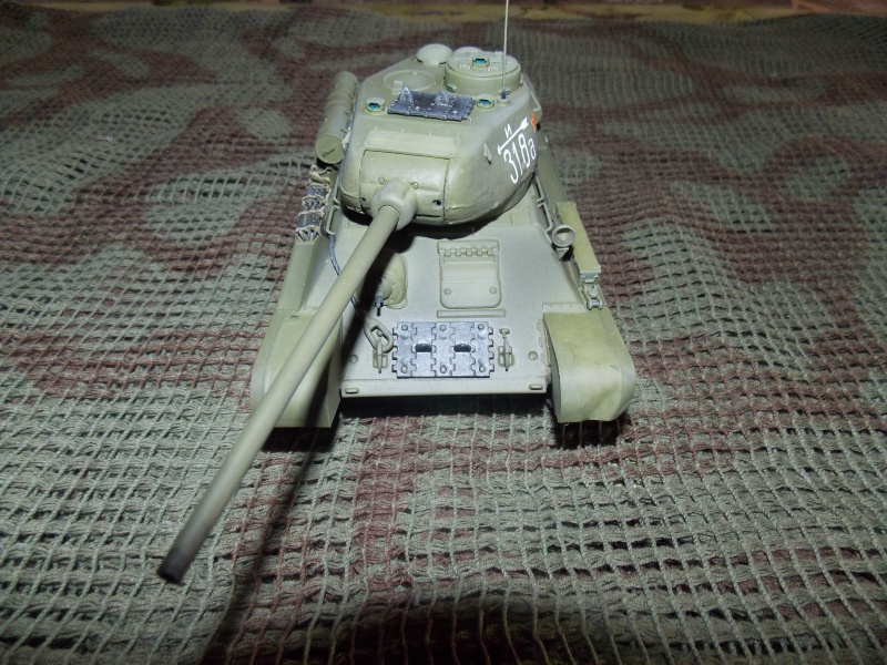 T34/85  bedsping armor  T34-8105