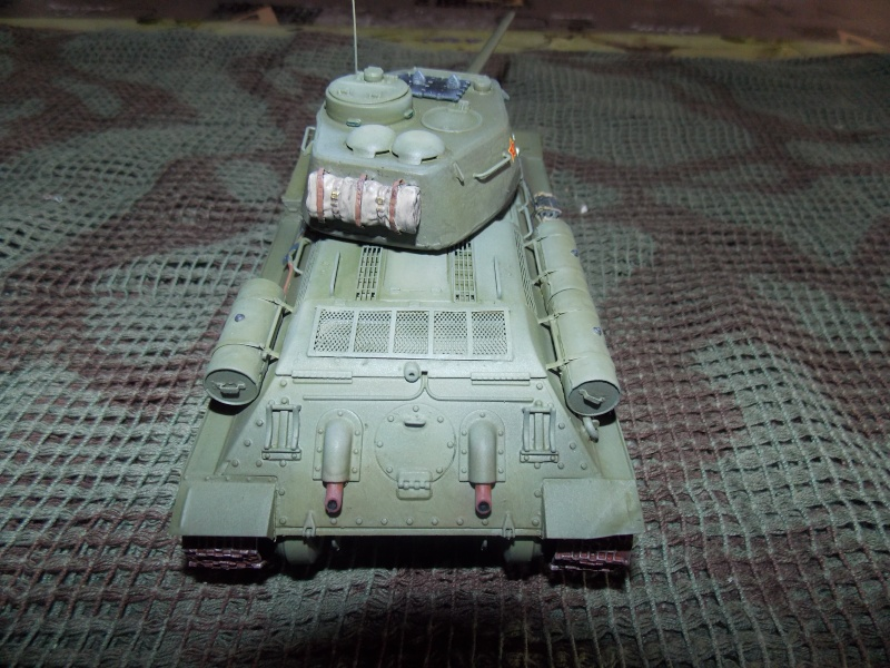 T34/85  bedsping armor  T34-8107