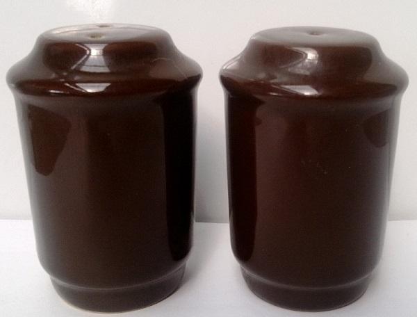 1425 and 1426 Pagoda Salt and Pepper 1425_210
