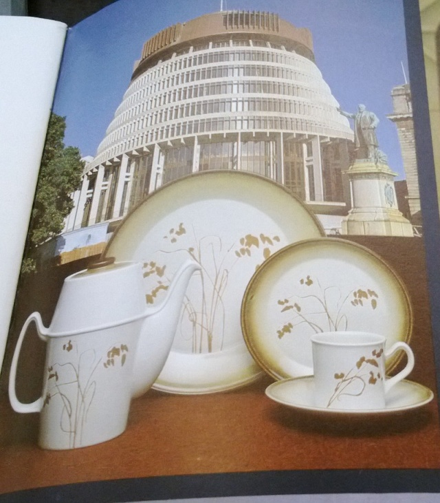 NZ House of Representatives Crown Lynn Dinnerware 16010
