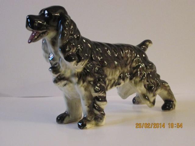 Is this a Crown Lynn Dog? Crown_14