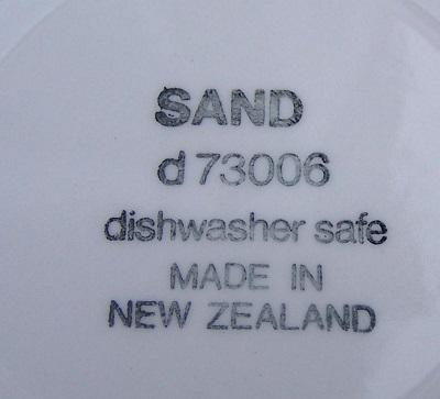 Sand d73006 courtesy of Fi Sand_b11